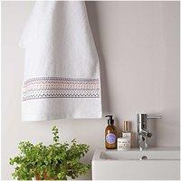 Rico Design Stickpackung Handtuch grafische Muster 50x100cm