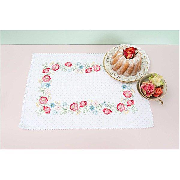 Rico Design Stickpackung Deckchen Blütenkranz 35x50cm