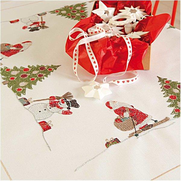 Rico Design Stickpackung Decke Weihnachtsmann 90x90cm